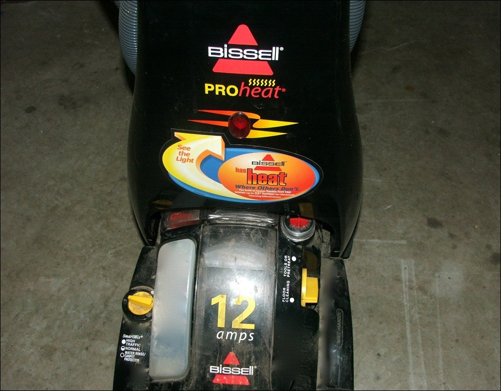 The Bissell 12 Amp Carpet Cleaner Cover Up Cruzcarpets Com