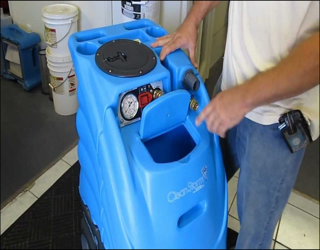 Clean Storm Carpet Extractor